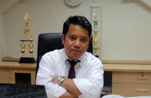 Prof DR