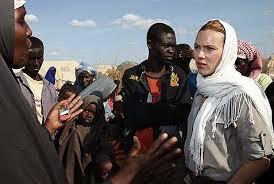Johansson saat masih aktif di Oxfam
