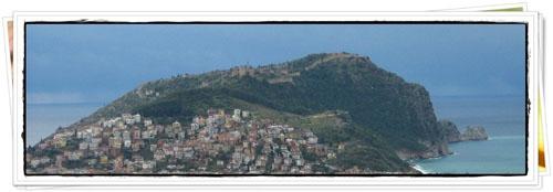 Alanya Castle dari Kejauhan (foto:Dian Akbas)