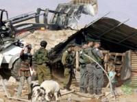 Israel Serbu Desa Protester Palestina