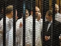 Mursi Hadiri Persidangan Atas Tuduhan Konspirasi