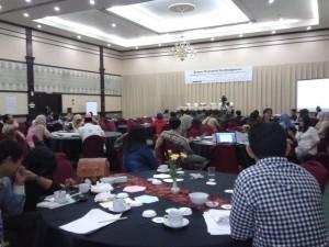 Diskusi dan Presentasi Kelompok