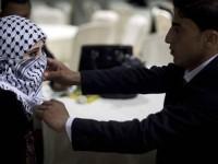 [Eksklusif]: Foto Pernikahan Massal di Gaza