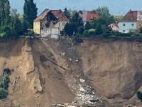 Bencana Longsor Landa AS, 4 Orang Tewas dan 18 Hilang