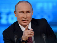 Putin: Telah Terjadi Perampokan Kekuasaan di Ukraina