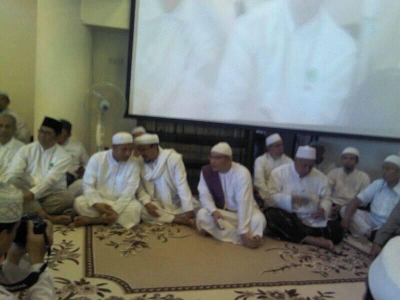 Habib R 2