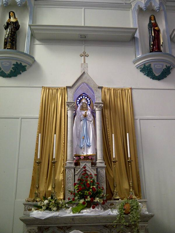 Patung Lady of Fatima