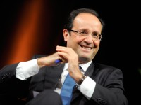 Hollande Bentuk Pemerintahan Baru Perancis