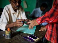 Pemilu India, Pemilih Mendapat Hadiah