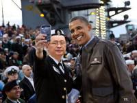 Obama Kapok Ber-Selfie