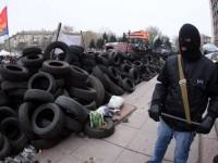 Pembangkang Pro-Rusia Abaikan Ancaman Militer Kiev