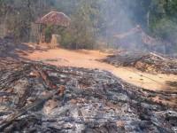 rumah warga Syiah Sampang yang habis dibakar massa