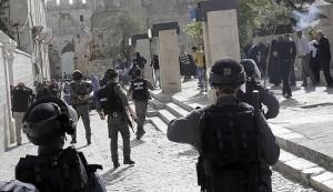 قوات الاحتلال تسمح للمستوطنين اقتحام المسجد الاقصى
