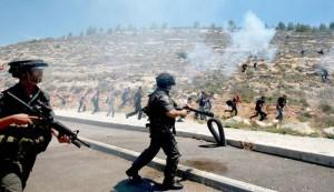 استشهاد فلسطينيين اثنين برصاص الاحتلال قرب سجن عوفر
