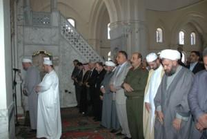 suriah salat jumat di masjid khaled al waled, homs (16/5/2014)
