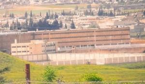 الجيش السوري يفك الحصار ويدخل سجن حلب المركزي