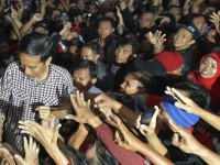 Jokowi di tengah rakyat. foto:liputan6