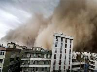 Badai Pasir Terjang Teheran, Lima Orang Meninggal Dunia