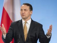 Rusia Gembira, Menlu Polandia Kecam AS