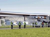 """Pesawat """"Solar Impulse 2"""" Mulai Penerbangan Perdana"""
