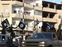 ISIS Bantai 700 Warga Sunni di Suriah