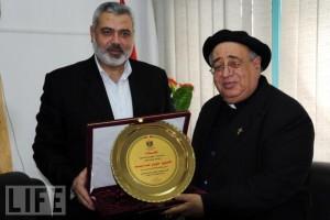 Ismail HAniyeh dan pastor Palestina