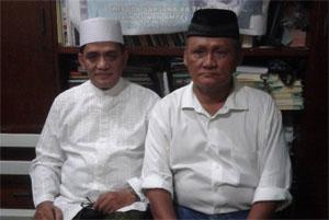 Kiai Khoiron Syuaib (kiri) dan Gatot (kanan)