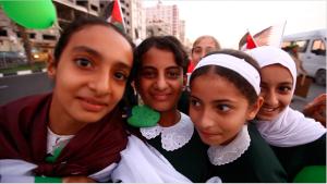 Anak-anak perempuan di GAza, foto: Ella