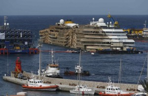 costa-concordia-harbor