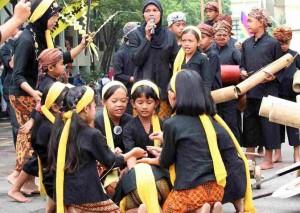 kaulinan-budakolimpiade-olah-raga-tradisional-padjadjaran-03