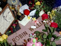 Polisi Pastikan Robin Williams Gantung Diri