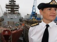 Kapten Kapal Perang Wanita Pertama Inggris Dipecat karena Skandal