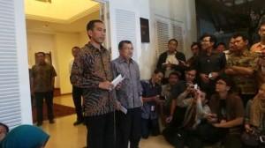 Jokowi-JK saat umumkan struktur kabinet (foto: detikcom)