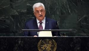 عباس يطالب بانهاء الاحتلال ويتوعد بمعاقبة مجرمي الحرب