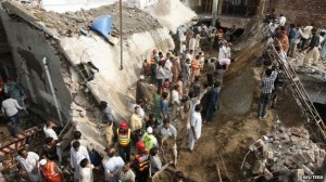 masjid runtuh