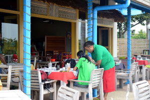 Rumah makan di Fiji, foto Syam Asynar
