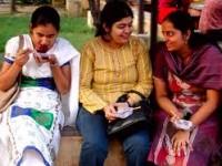 India Gaduh oleh Celana Jeans