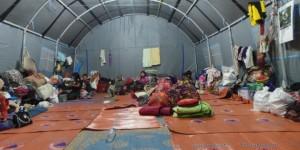 pengungsi sinabung (foto: Kompas)