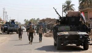 """الجيش العراقي يسيطر على ناحية جرف الصخر"""" و""""الرويعية"""""""