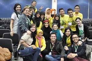 Foto: Mahasiswa UTS berfoto di Boston/pulausumbawanews.com