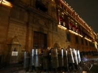 Warga Serang Kantor Presiden Mexico