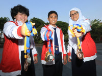 Foto: Ilustrasi, Vania, Kent dan Dinda (ki-ka)/Jawa Pos