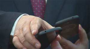 smartphone putin
