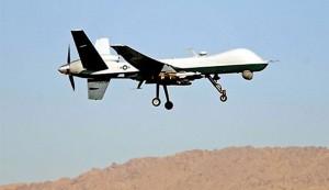 """لاول مرة..  القوات الايرانية تجرب """"الطائرات الانتحارية"""""""