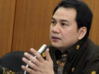 Komisi III DPR Desak Presiden Jokowi Segera Lantik Komjen Budi