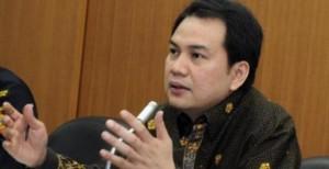 Aziz-Syamsuddin-