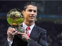 Ronaldo Dinobatkan Sebagai Pemain Terbaik Dunia 2014
