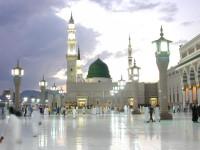 Sunni dan Syiah Rayakan Maulid Nabi, ISIS dan Wahhabi Mengharamkannya
