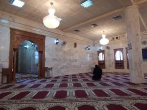 Salah satu masjid Sunni di Irak