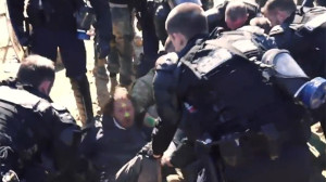 police-arrest-activists-sivens.si